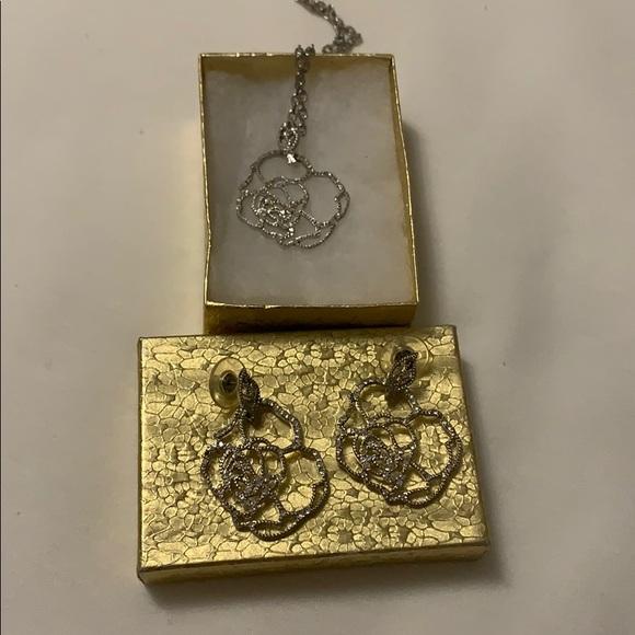 💥FREE 💥 Sterling Silver Rose Petal Jewelry Set